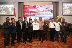 """Berhasil Ungkap Pembunuhan Hakim PN Medan, Kapolda Sumut Terima """"Promoter Reward"""""""