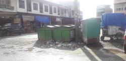 Bak Sampah di Porsea Timbulkan Bau Tak Sedap dan Lalat