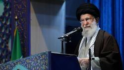 Warga Iran: Khamenei Tidak Anggap Penting Korban Tragedi Pesawat Ukraina