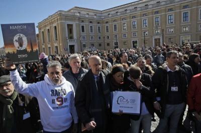 Tutup KTT Vatikan, Paus Fransiskus Serukan 'Perang' Lawan Kekerasan Seksual