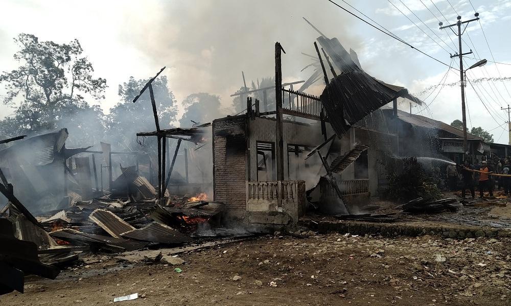 14 Rumah Hangus Terbakar di Desa Lae Parira Dairi