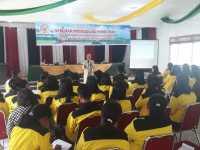 Ratusan Mahasiswa FE UNITA Antusias Ikuti Seminar Metodologi Penelitian