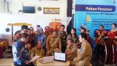 Kanwil DJP II Beri Penghargaan kepada 5 Kepala Daerah di Pulau Nias