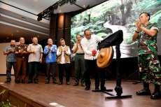 Gubernur Edy Curhat Dilempar Sampah Saat Susur Sungai di Medan
