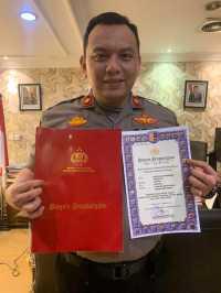Kapolda Sumut Beri Penghargaan Kepada Kompol Martuasah Tobing