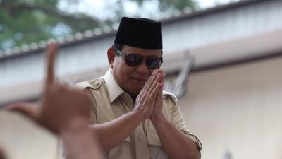 Canda Prabowo ke Anak Muda Garut: Gimana Dapat Pacar Kalau Nganggur?