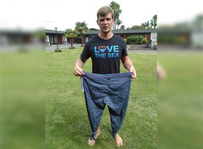 Terapung 3 Jam di Lautan, Pria Ini Selamat Berkat Celana Jeans