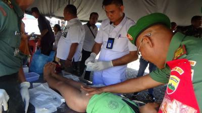 TNI dan Kemenkes Pelayanan Gratis di Bawolato Nias