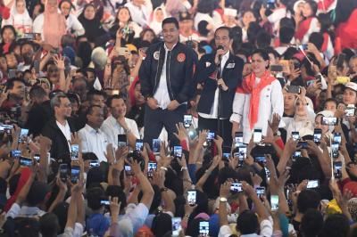Jokowi Programkan Jaminan Kuliah, Anti Pengangguran dan Kelaparan