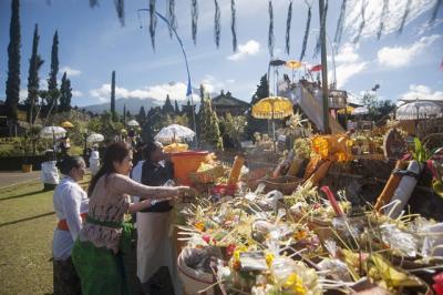 Umat Hindu Bali Jalani Catur Brata Penyepian, Ini 4 Pantangannya