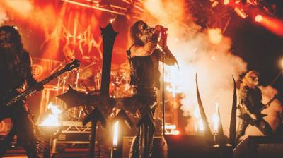 Singapura Batalkan Konser Band Beritual Siram Darah ke Penonton