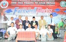 Acara Perpisahan Kelas XII SMK - SMA YPT Teladan Medan Meriah