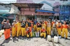 Pemko Semprot Cairan Disinfektan 21 Pasar Tradisional di Medan
