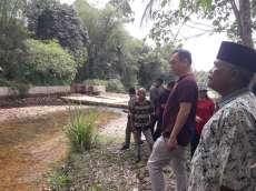 Sihar Sitorus Tinjau Bendungan Jebol di Desa Tapian Nauli Tapteng
