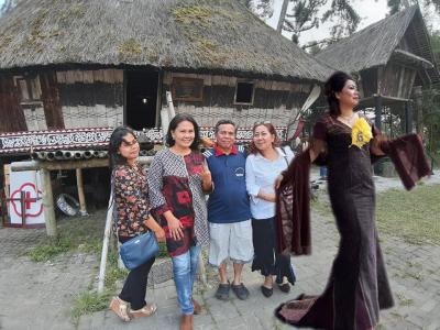 Susi Sinaga Fashion Show Etnik untuk Ajak Masyarakat Jaga Warisan Leluhur