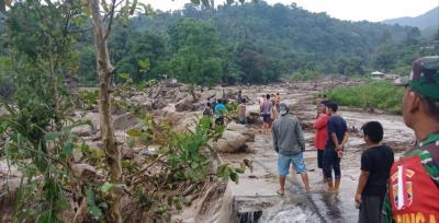 Banjir Bandang di Sibolangit, Satu Rumah Terbawa Arus dan Jalan Desa Putus