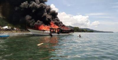 Tawuran Nelayan di Bengkulu Pecah di 2 Titik, Massa Bakar Kapal