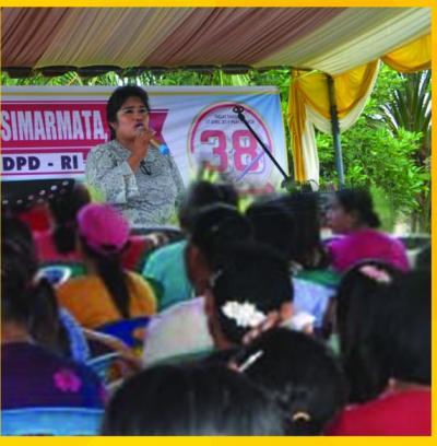 Denta Damayanti Diskusi dengan Masyarakat Kualuh Leidong Labura