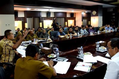 Wagubsu Harapkan Percepatan Pembangunan Rumah Korban Bencana di Madina