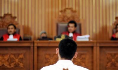 Terdakwa Kasus Hoax Ma'ruf Amin Berkostum Sinterklas Dituntut 10 Bulan Bui
