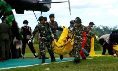 1 Prajurit TNI Gugur Ditembak KKSB Saat Amankan Pembangunan Trans Papua