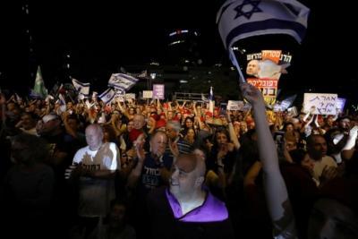 Ribuan Warga Israel Protes Kekebalan Hukum Netanyahu