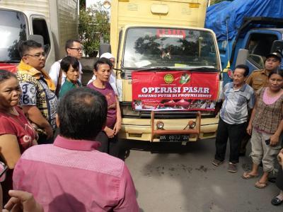 Operasi Pasar Bawang Putih Kementan Diserbu Pedagang di Enam Pasar Kota Medan