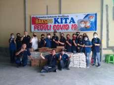 Jelang Idul Fitri, Komunitas Indonesia Tionghoa Bagi 2 Ton Paket Sembako