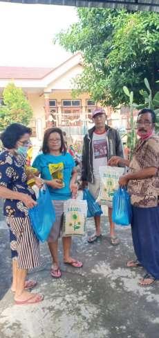 MARBONA Medan Denai  Bantu Anggota Punguan