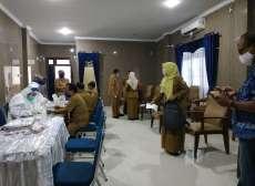 Pelaksanaan Rapid Test Massal di DPRD Deliserdang Bersamaan Waktu Reses