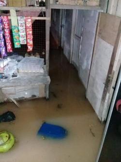 Pemukiman Warga Sosopan Depan Kantor Bupati Terendam Banjir Saat Hujan