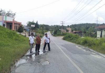 Sejumlah Titik Jalan Nasional di Sumut Berlubang