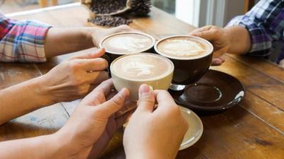 Wow! Studi Terbaru Sebut Minum 25 Cangkir Kopi Masih Aman Bagi Jantung