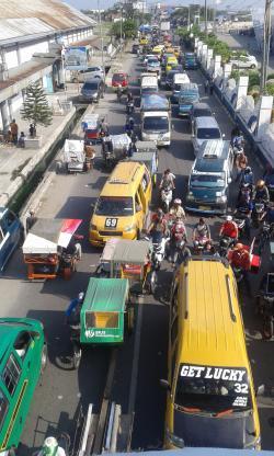 Ribuan Kendaraan Terjebak Macet di Pelabuhan Belawan